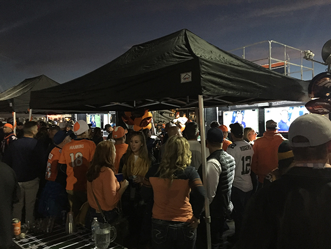 colorado-tailgating-tent-denver-broncos