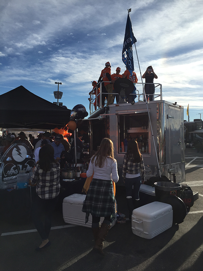 denver-tailgate-trailer-rental-with-roof-deck