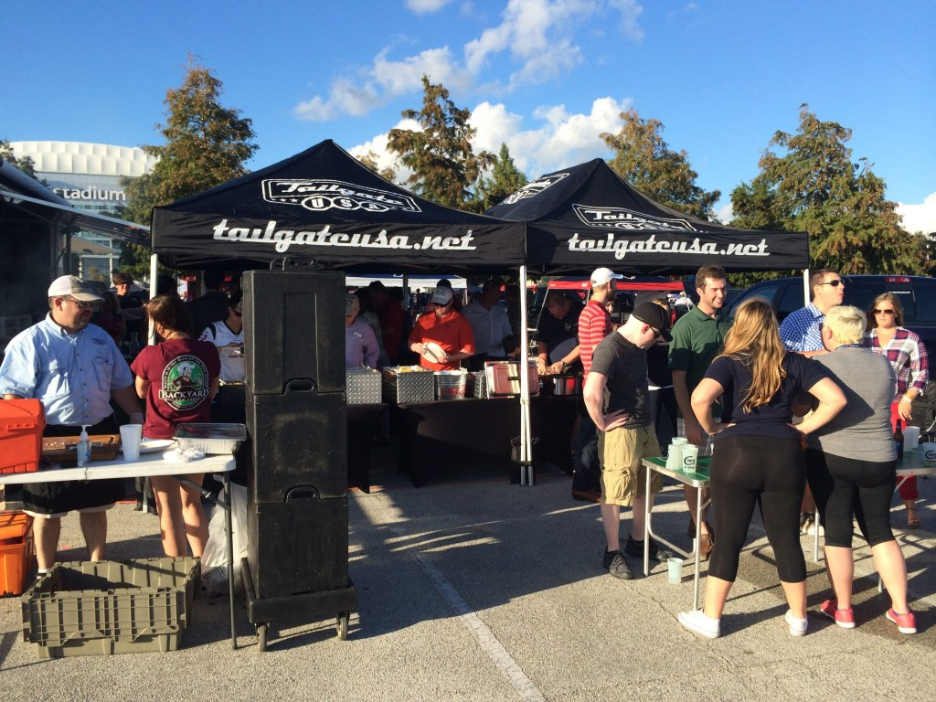 houston-tailgating-trailer-rental-with-catering