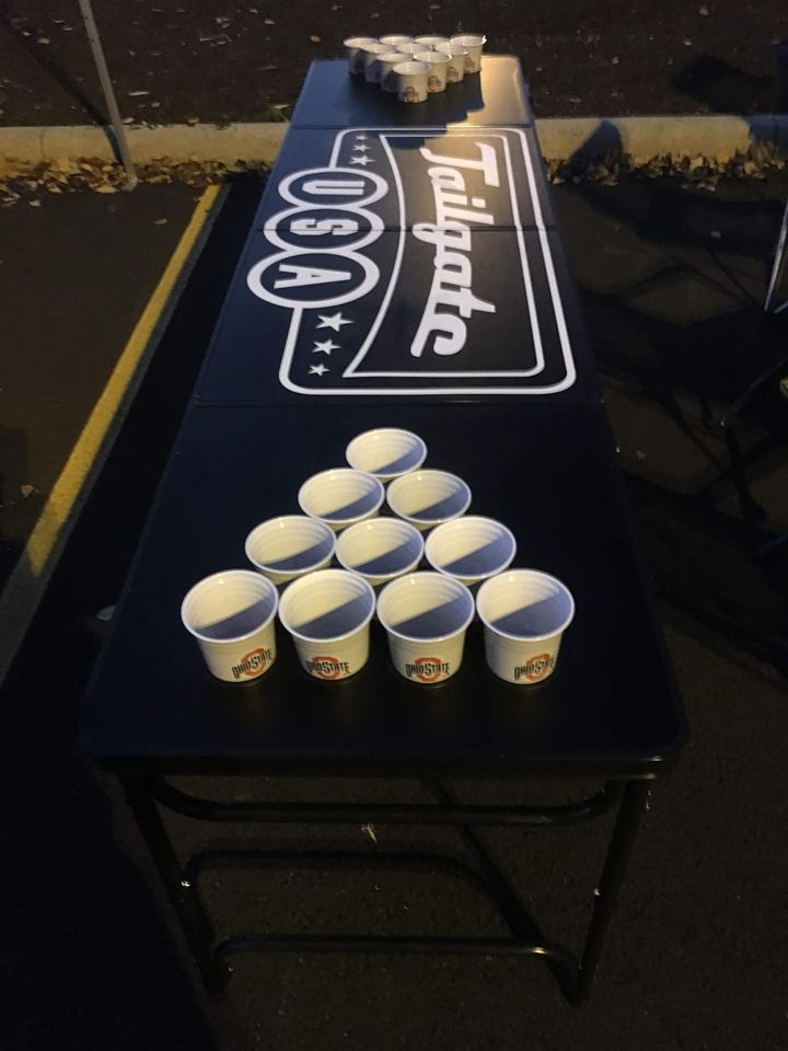 beer-pong-tailgate-game